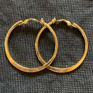 Jewelry - Classic Gold Hoops